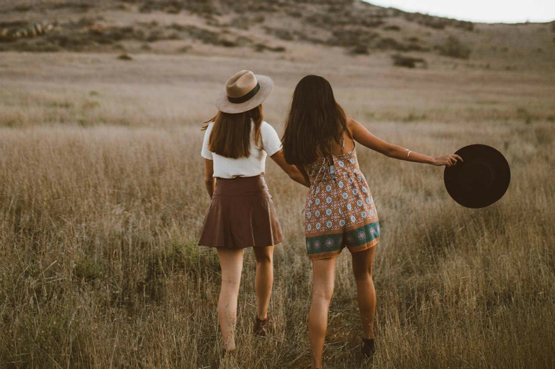 дружба между женщинами