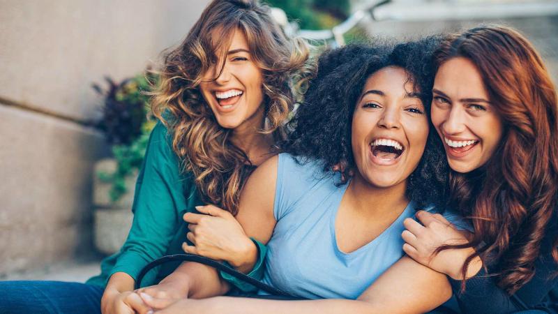 женская дружба существует