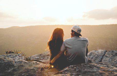 Что делать, если я влюбилась: признаки, советы психолога