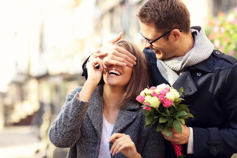 как понять что парень влюблен в тебя