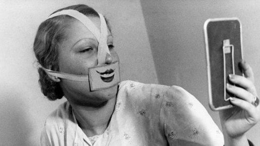 Синдром стервозного лица: как убрать гримасу недовольства с помощью косметолога — Дарья Милай для COSMOPOLITAN